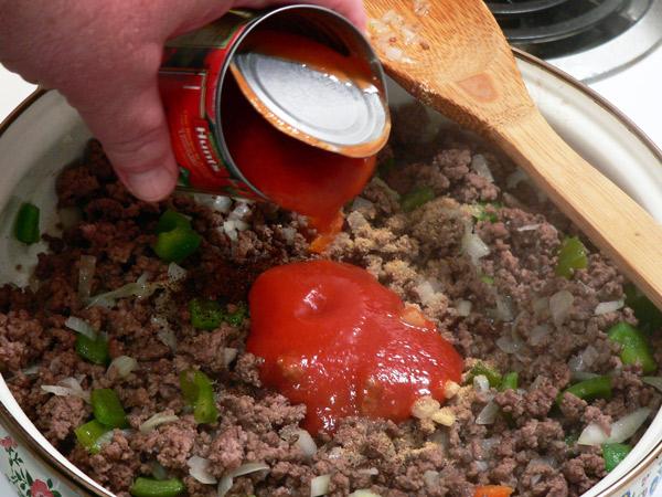 Add tomato sauce.