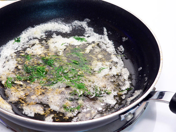 Add the fresh dill.