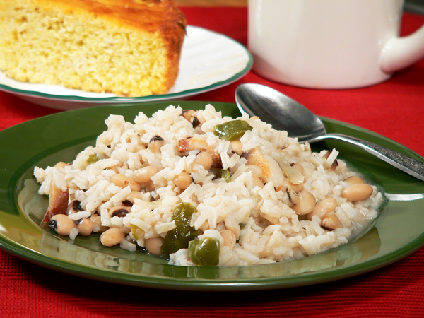 A serving of Hoppin John with cornbread.