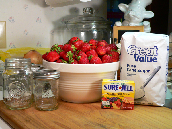 Strawberry Jam ingredients.