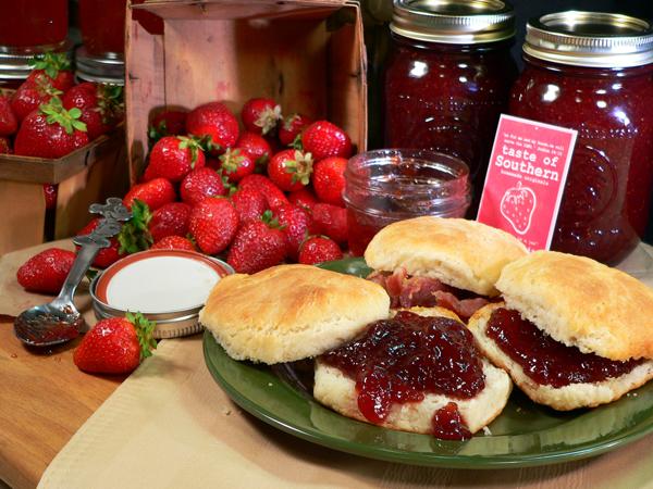 Strawberry Jam, Serve and Enjoy!