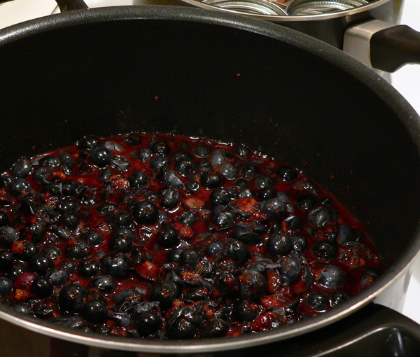 Blueberry Jam, prepare to cook the berries.