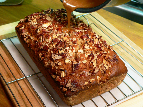 Praline-Apple Bread, drizzle the sugar mixture on top of the bread.
