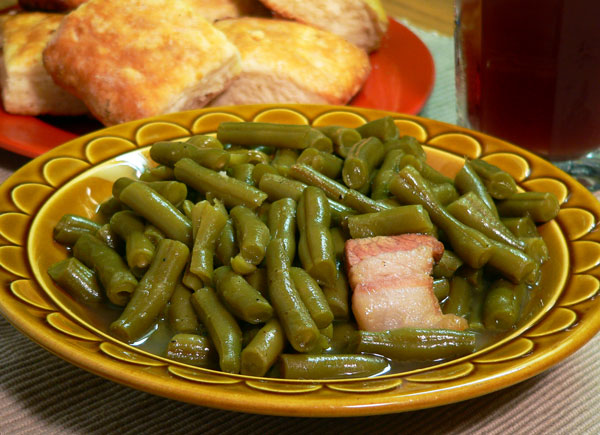 Southern Green Beans, serve warm and enjoy.