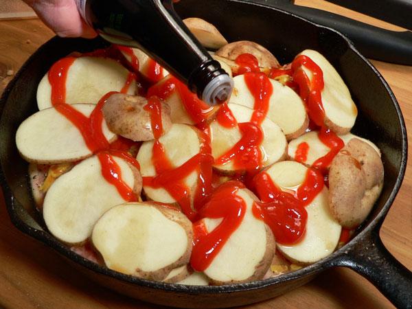 Skillet-BBQ-Chicken_17_add-worcestershire-sauce