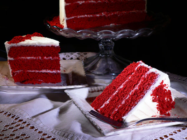 Red Velvet Cake, serve and enjoy.