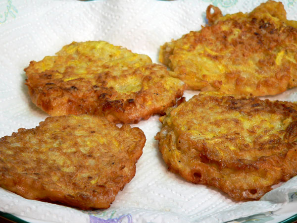 Squash Fritters, place on paper towels and let drain.
