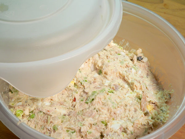 Southern Chicken Salad, cover and refrigeratre.