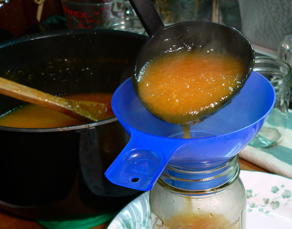 Peach Butter, ladle into jars.