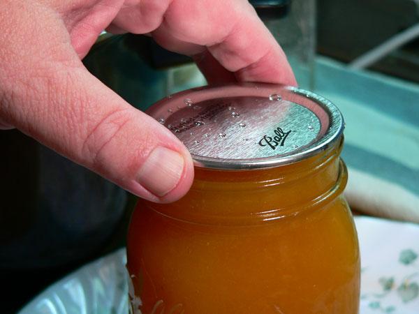 Peach Butter, center the lid.