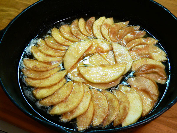 Apple Skillet Cake, fill the pan.