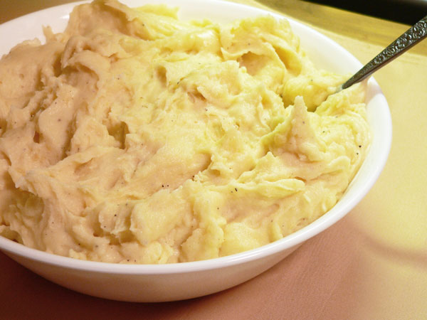 Mashed Potatoes with mayo recipe from Taste of Southern.