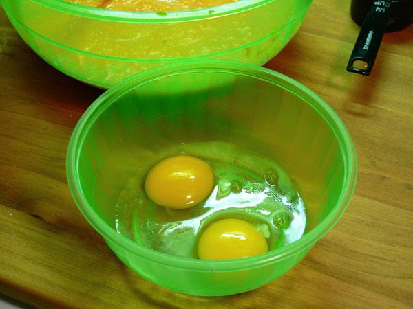 Pumpkin Pie, two eggs.