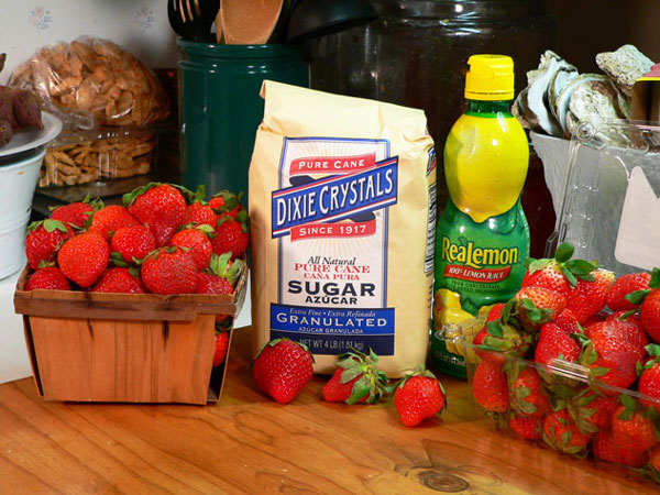 Strawberry Syrup, you'll need these ingredients.