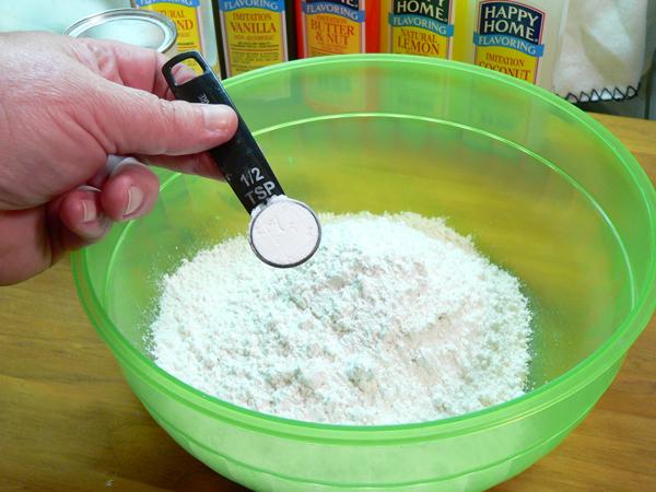 Southern Flavoring Pound Cake, add the baking powder.