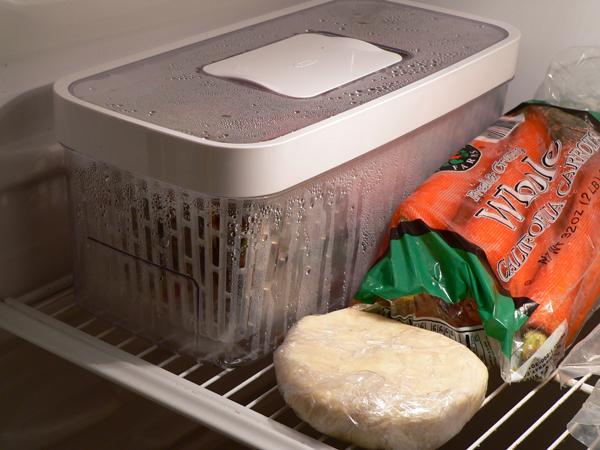 Rhubarb Pie, OXO in the fridge.