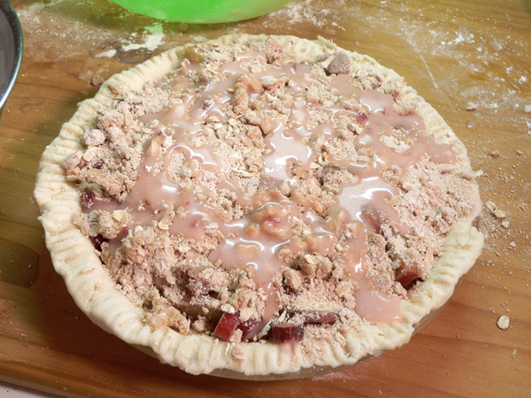 Rhubarb Pie, drizzle on leftover juice.