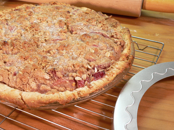 Rhubarb Pie, without Strawberries, and a review of the OXO Green saver.