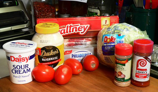 Country BLT Dip, you'll need these ingredients.