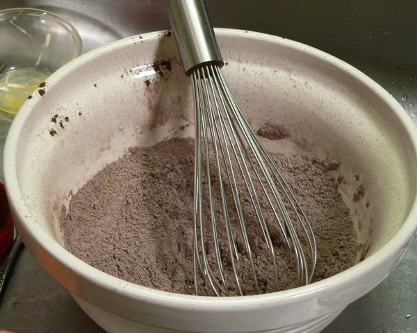 Chocolate Sour Cream Cupcakes, whisk together well.