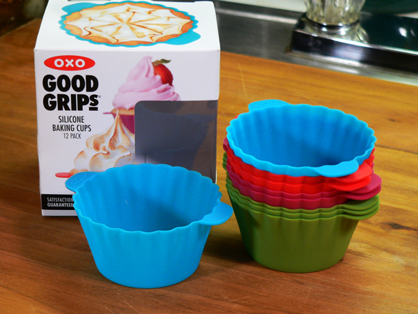 Vanilla Buttercream Frosting, OXO Silicone Cups.