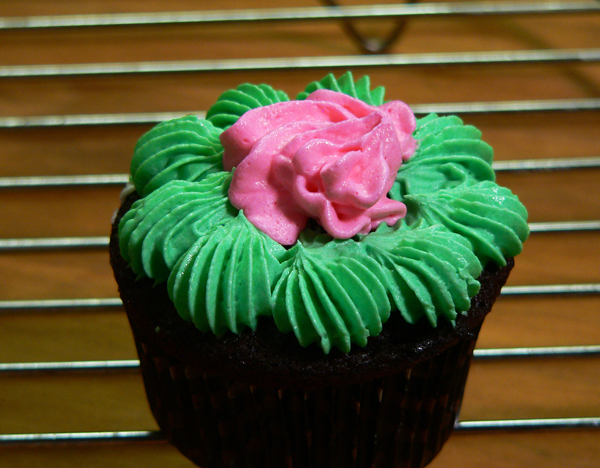 Vanilla Buttercream Frosting, cover the top.