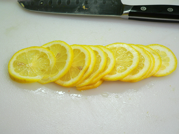 Citrus-Marmalade, slice the lemon really thin.