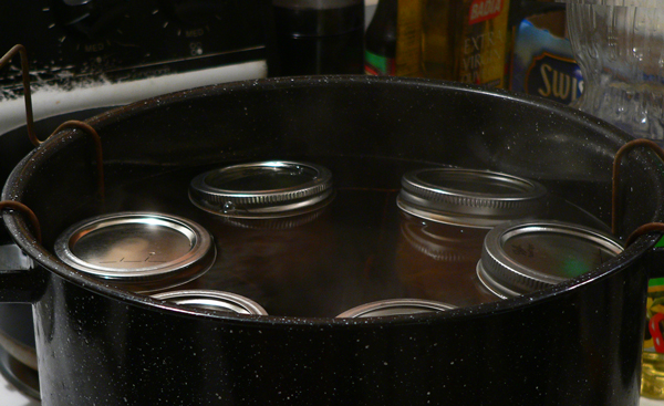 Citrus Marmalade, load the jars into the rack.