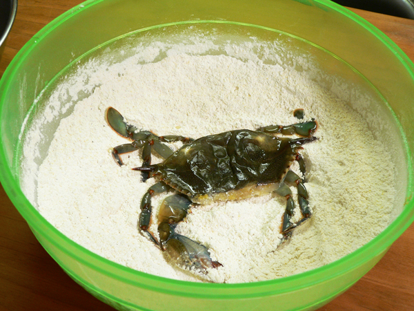 Soft Shell Crab, dredge in flour.