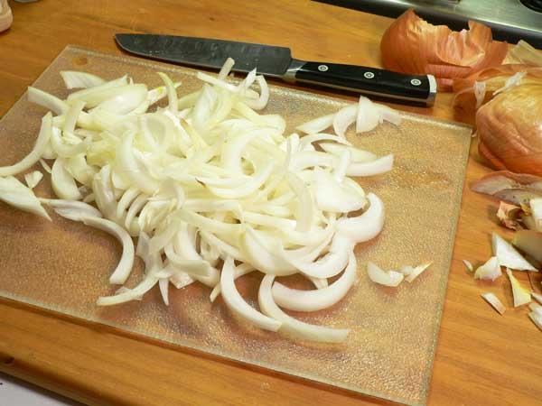 Hamburger Steak, slice the onions first.