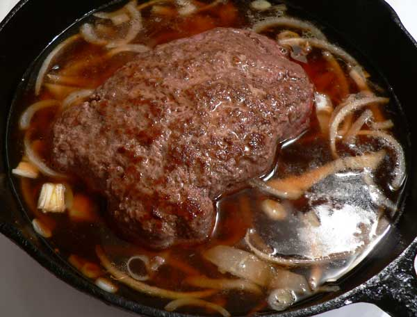 Hamburger Steak, add the broth.