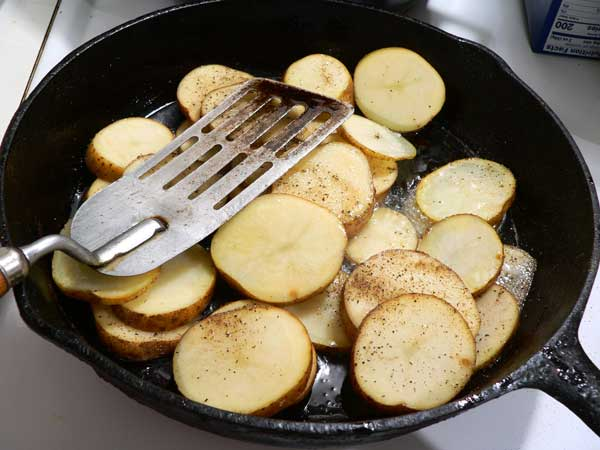 Southern Fried Potatoes, stir to coat with oil.