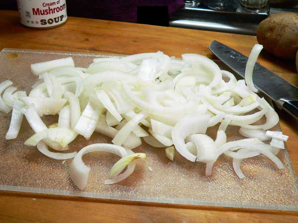 Hamburger Casserole, slice the onion.
