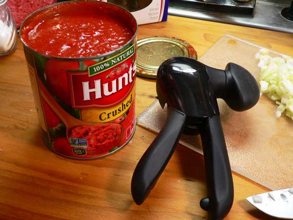 Macaroni and Beef, my new OXO can opener.