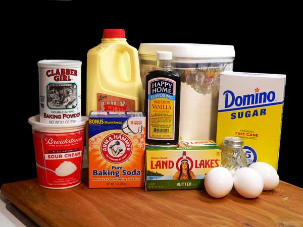 Easter Bunny & Eggs Cake, you'll need these ingredients for the cake layers.