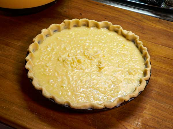 Coconut Pie, add the filling.