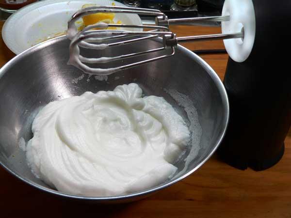 Cornmeal-Ricotta, beat the egg whites.