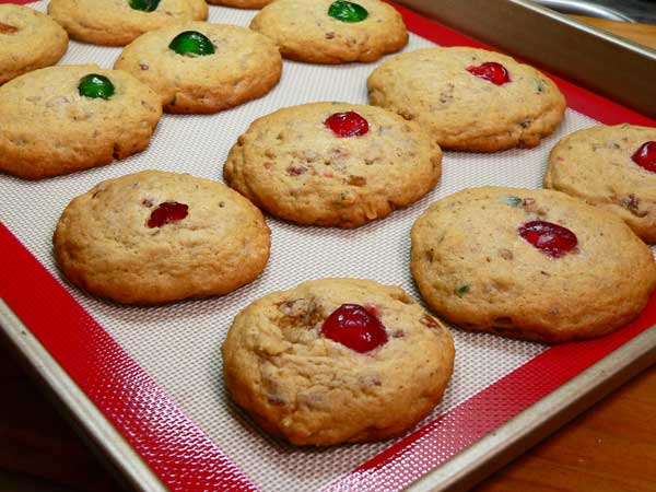 Fruitcake Cookies, cool for ten minutes.
