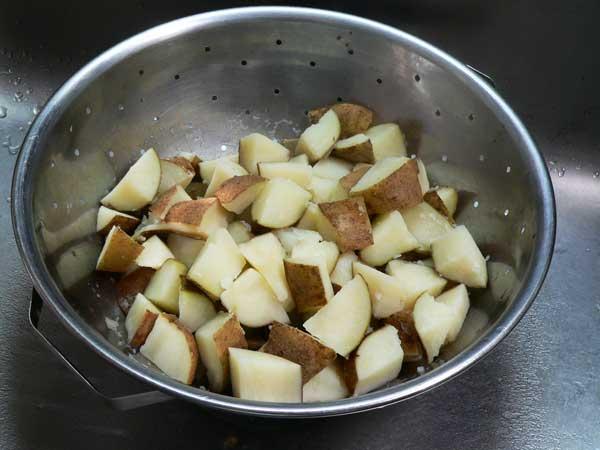 Loaded Potato Casserole, drain the potatoes.