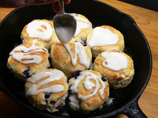Blueberry Biscuits, drizzle on the icing.